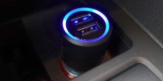 spigen-car-charger-6