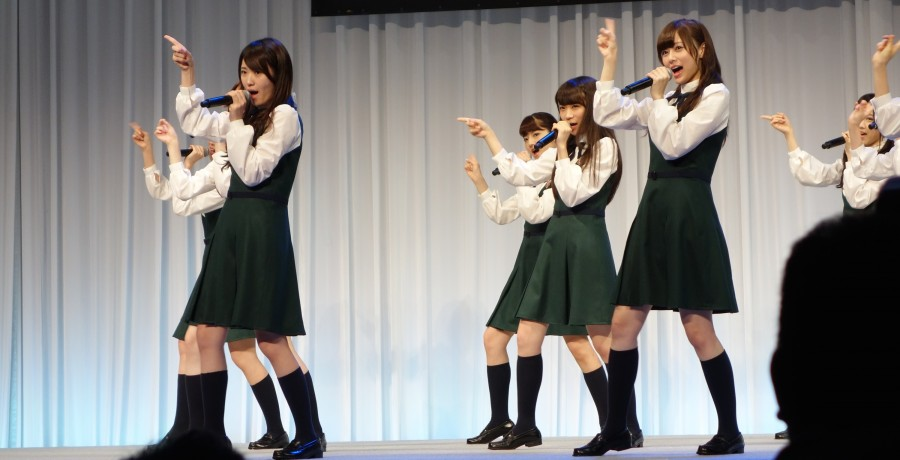 htc-conference-nogizaka46-02