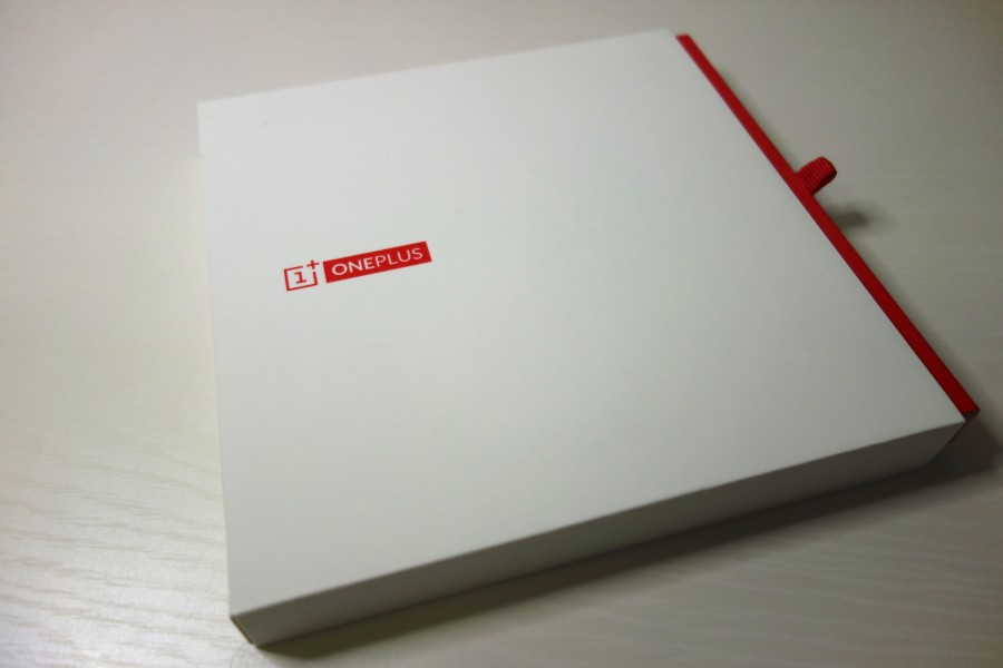 oneplus-one-unboxing-1