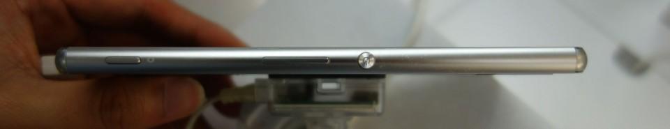 Xperia Z4 SO-03G 03