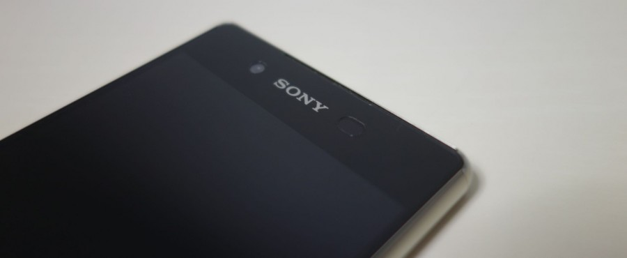 xperia z4 spigen crystal clear 09