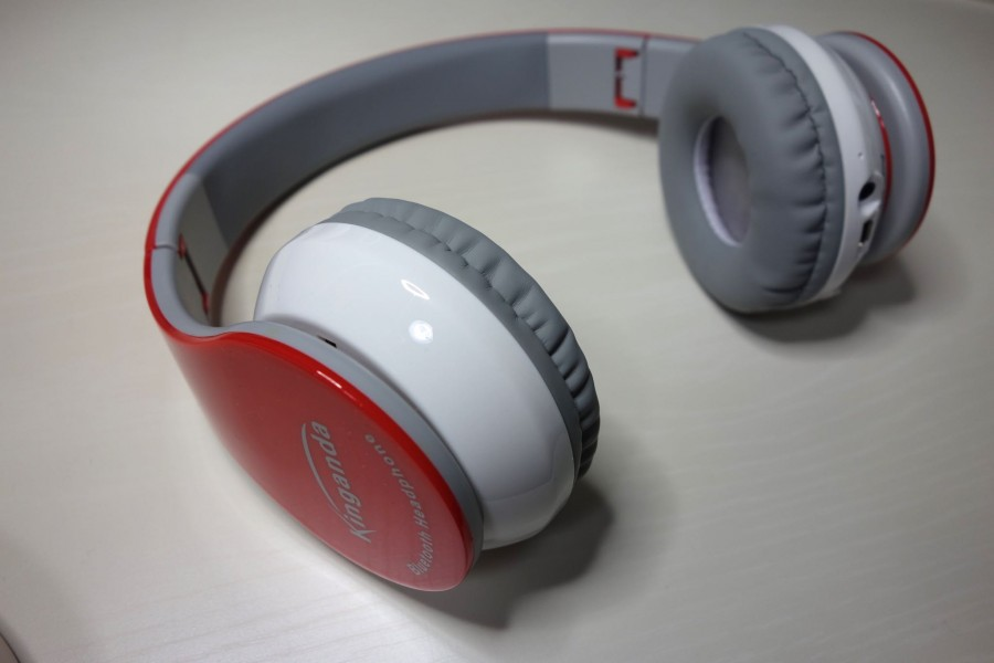 Leesentec bluetooth headphones 4