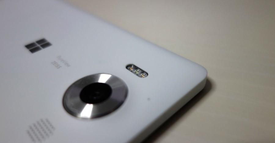 lumia 950 white 10