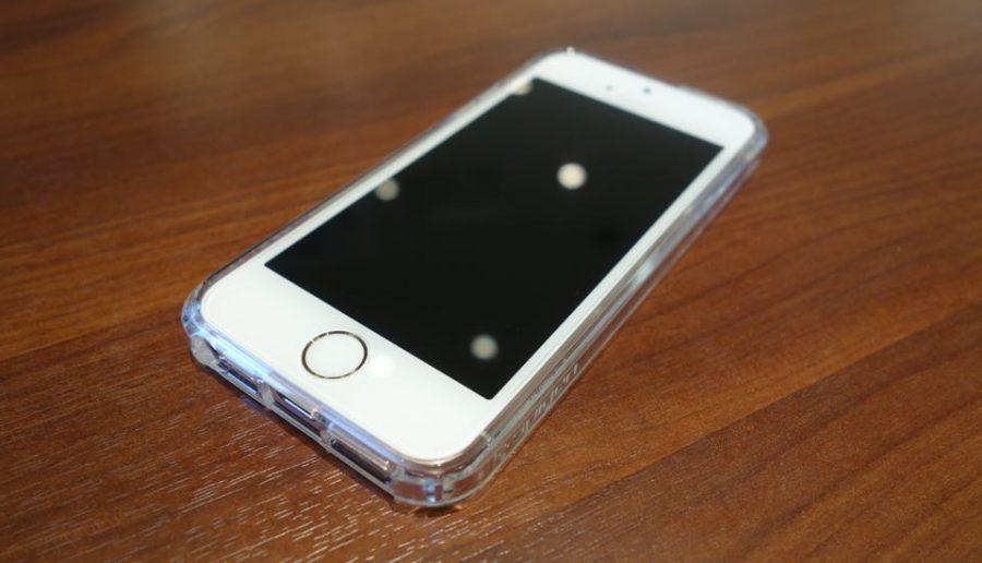 spigen ultra hybrid for iphone se 05