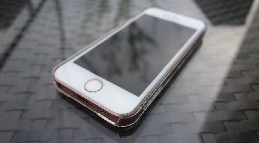 spigen thin fit iphone se 3