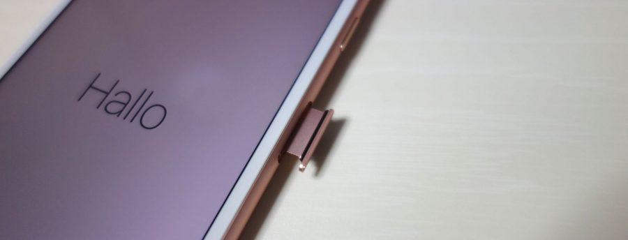 iphone-7-plus-rose-gold-sim-slot-1