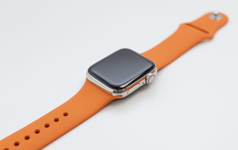 Apple Watch Hermès純正シリコンバンド