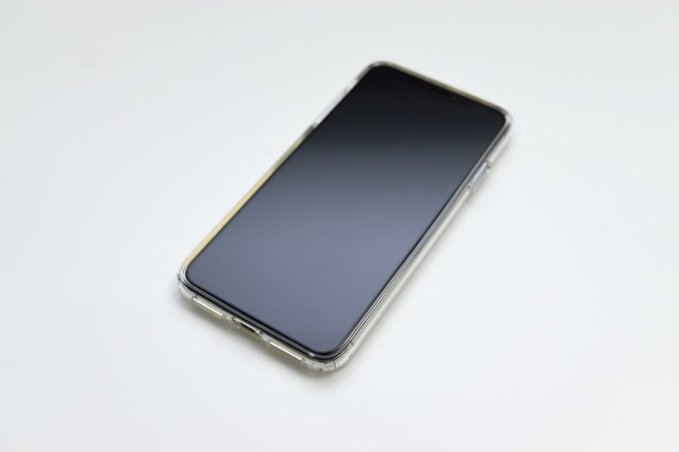 iPhone XS Max用リキッド・クリスタル 前面