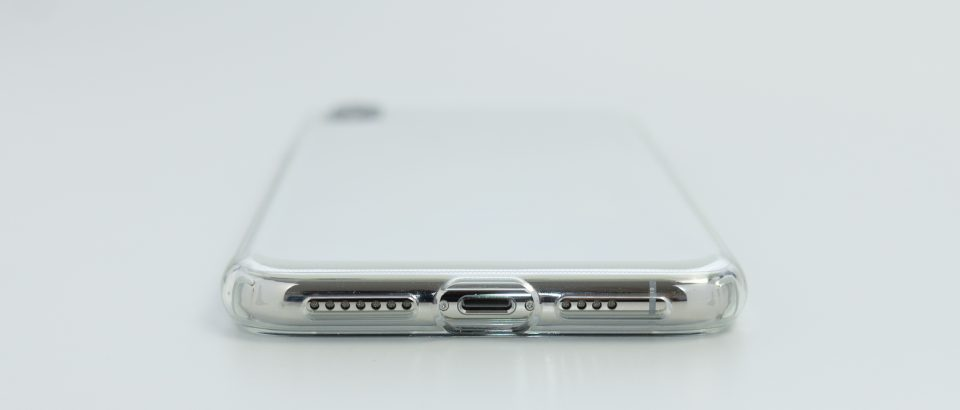 iPhone XS Max用リキッド・クリスタル 底面